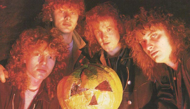 helloween-walls-of-jericho-lineup-old-photo