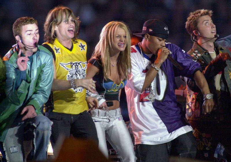 aerosmith-super-bowl-2001-britney-spears-justin-timberlake