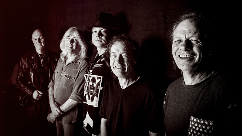 acdc-axl-rose-promo-2018