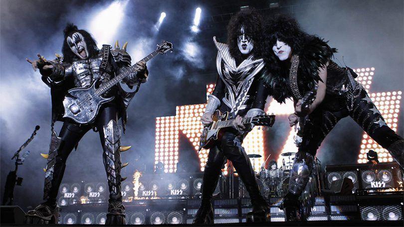 kiss-band-live