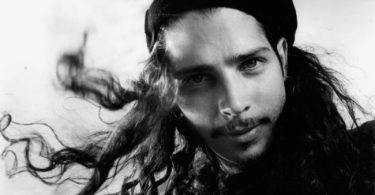 la-et-mg-chris-cornell-of-soundgarden-in-1991-20170524